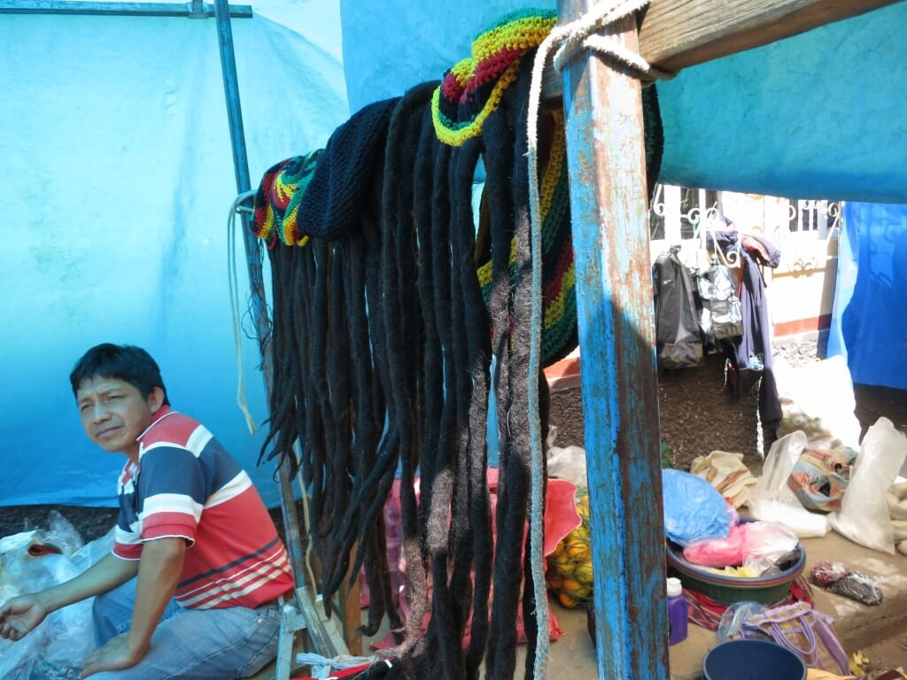 チチカステナンゴ 市 お土産 グアテマラ ドレッドヘアー レゲエ ウィッグ