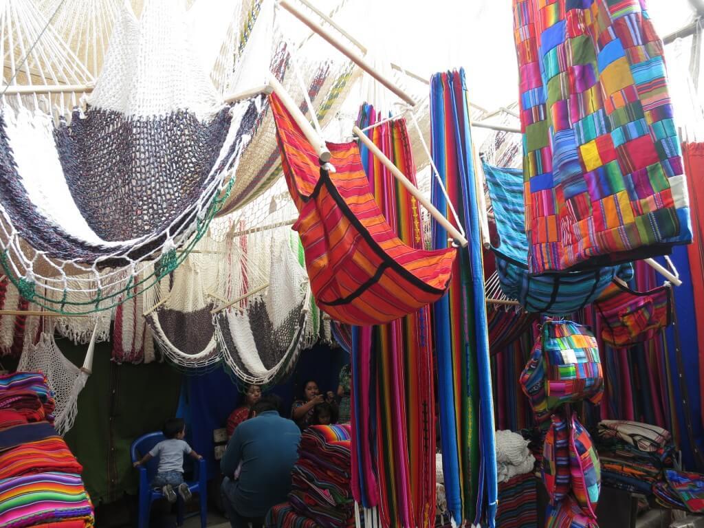 チチカステナンゴ 市 お土産 グアテマラ ハンモック