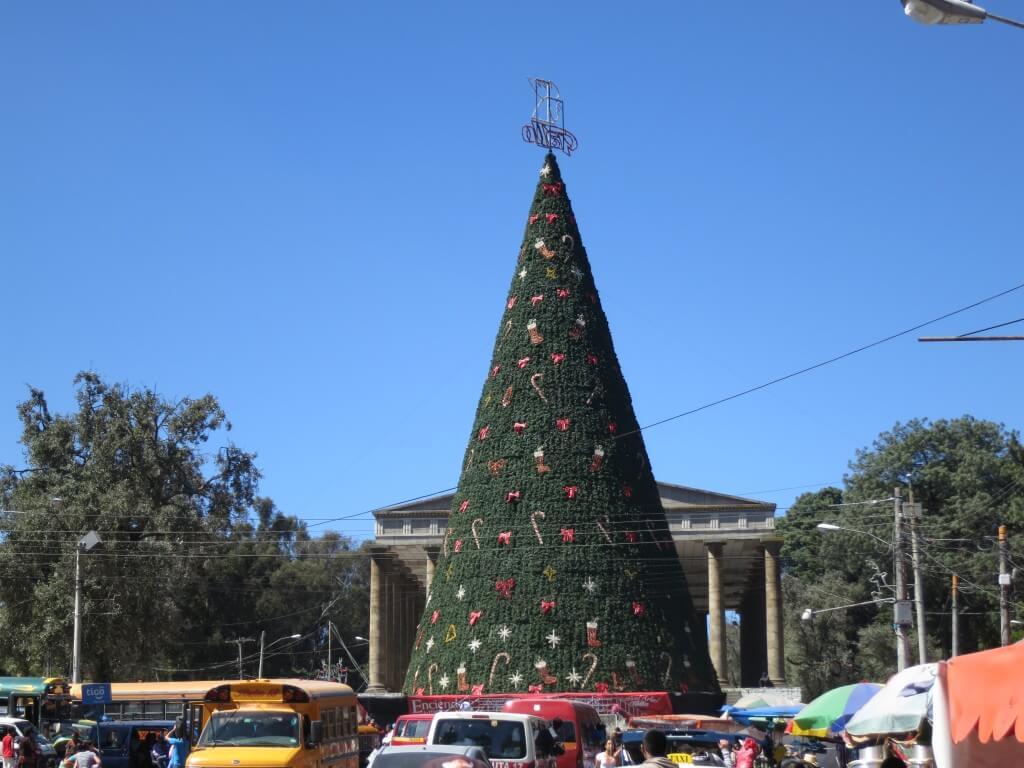 世界一周バックパッカーはクリスマスをどこで過ごすか考え出す!