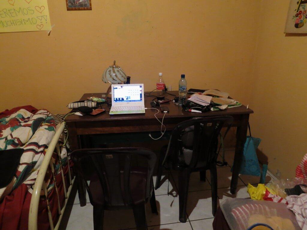 今日のコーラ ドクトーラの家でスペイン語勉強中!