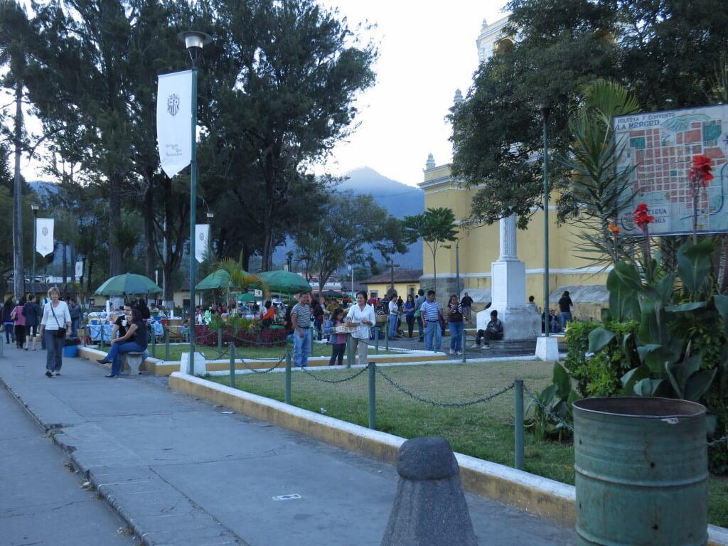 アンティグアはスペイン語学校がグアテマラで一番多いんですよ♪