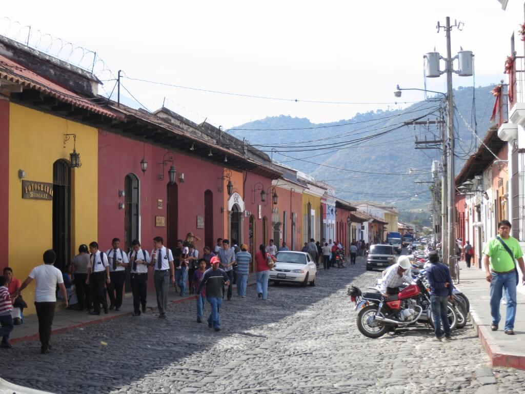 古都アンティグアはスペイン語語学留学で有名すぎる都市なんです!