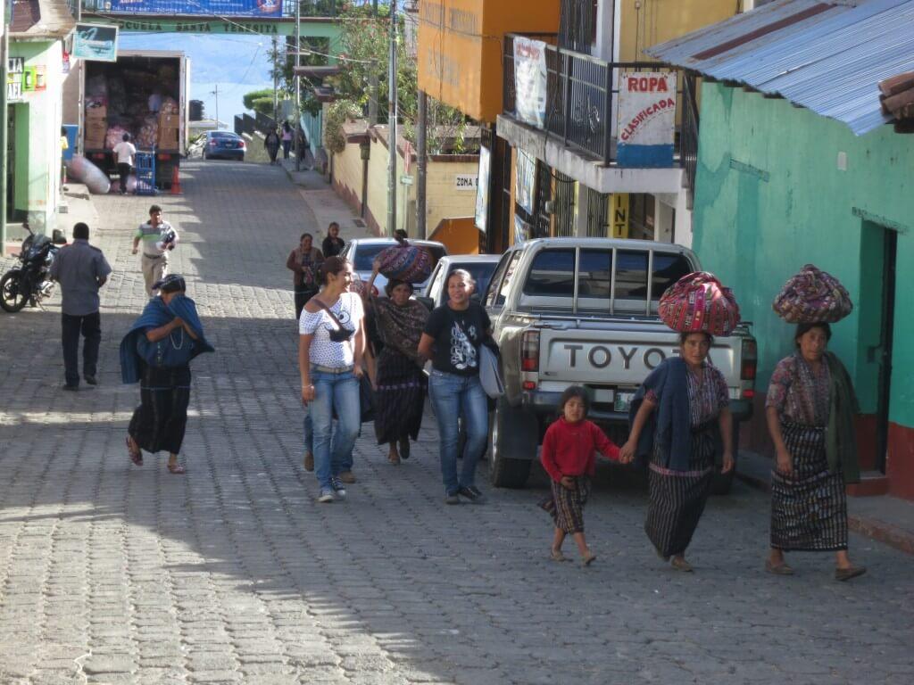 民族衣装(ウィピル) ソロラ村 グアテマラ