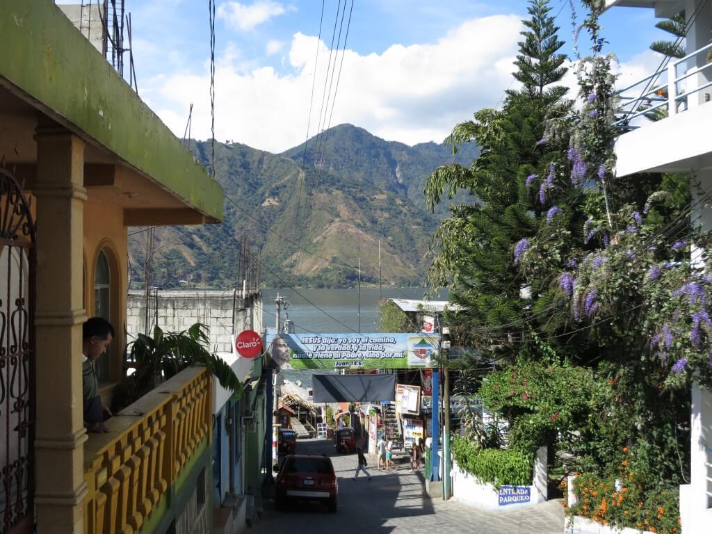 サン・ペドロ・ラ・ラグーナは「ヒッピーの街」と言われているが果たして?