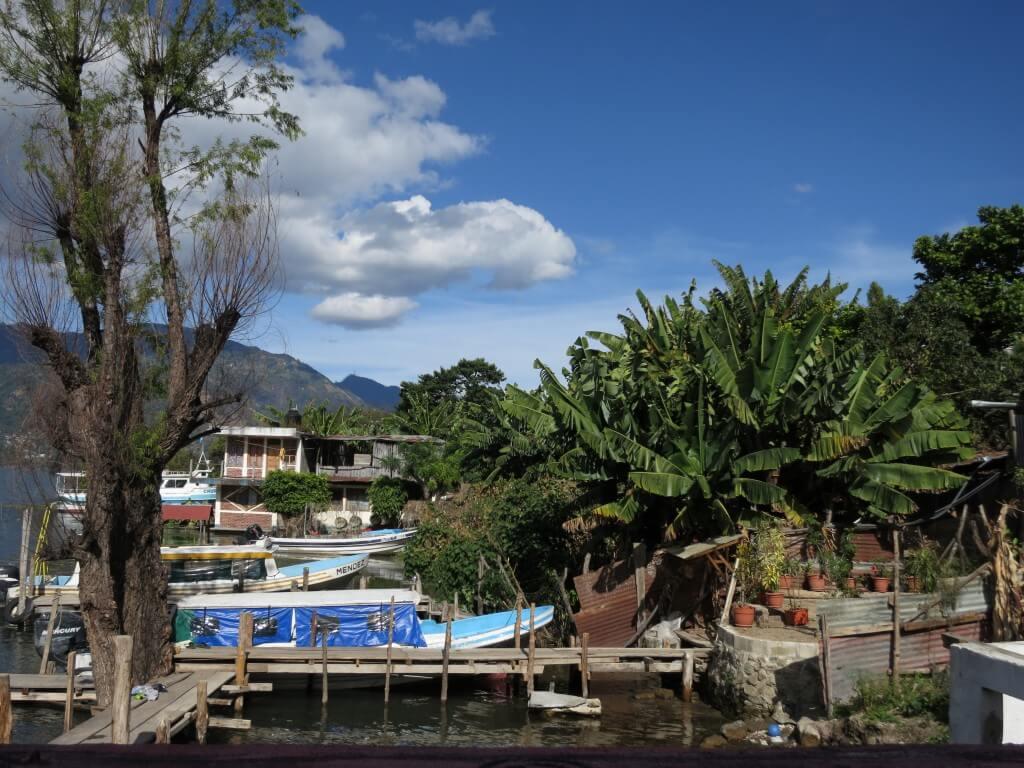 サン・ペドロ・ラ・ラグーナ観光!?湖畔でのんびりとリッチに魚を!