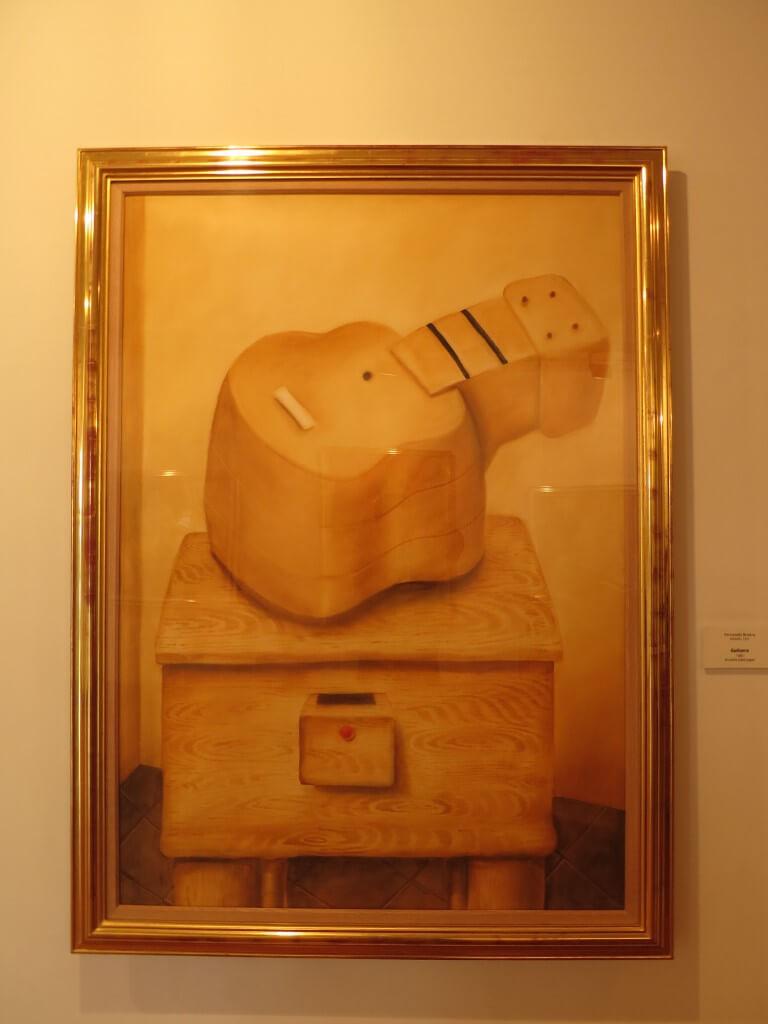 ボテロ博物館 太い絵 面白い ボゴタ コロンビア