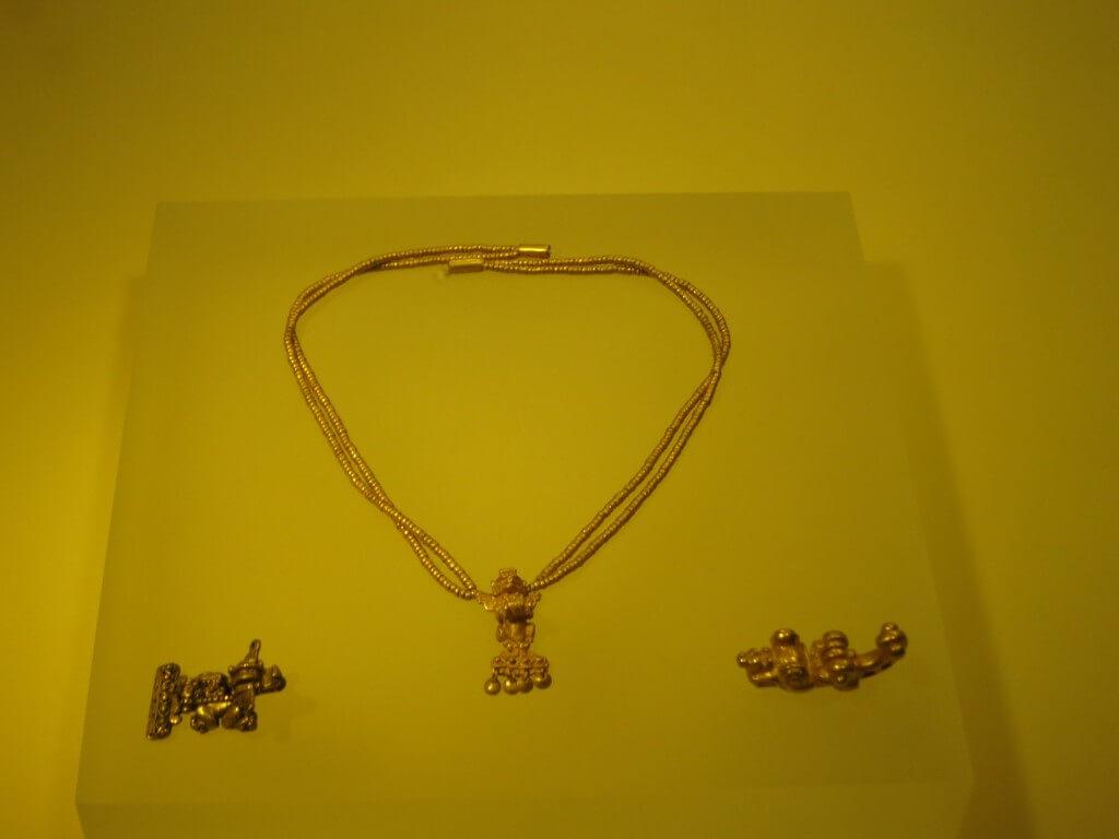 黄金のネックレス 黄金博物館 黄金 ボゴタ コロンビア