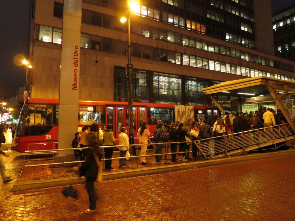ボゴタの移動手段 TransMilenio(トランスミレニオ)