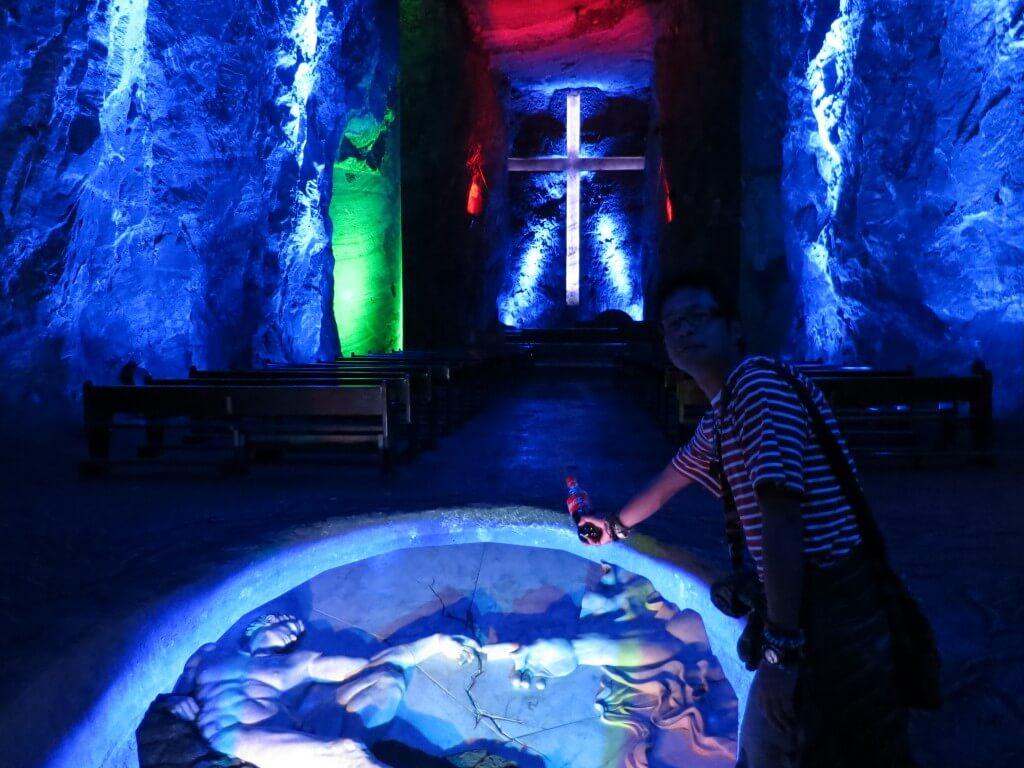 世界一大きい地下にある十字架 シパキラ 岩塩教会 コロンビア