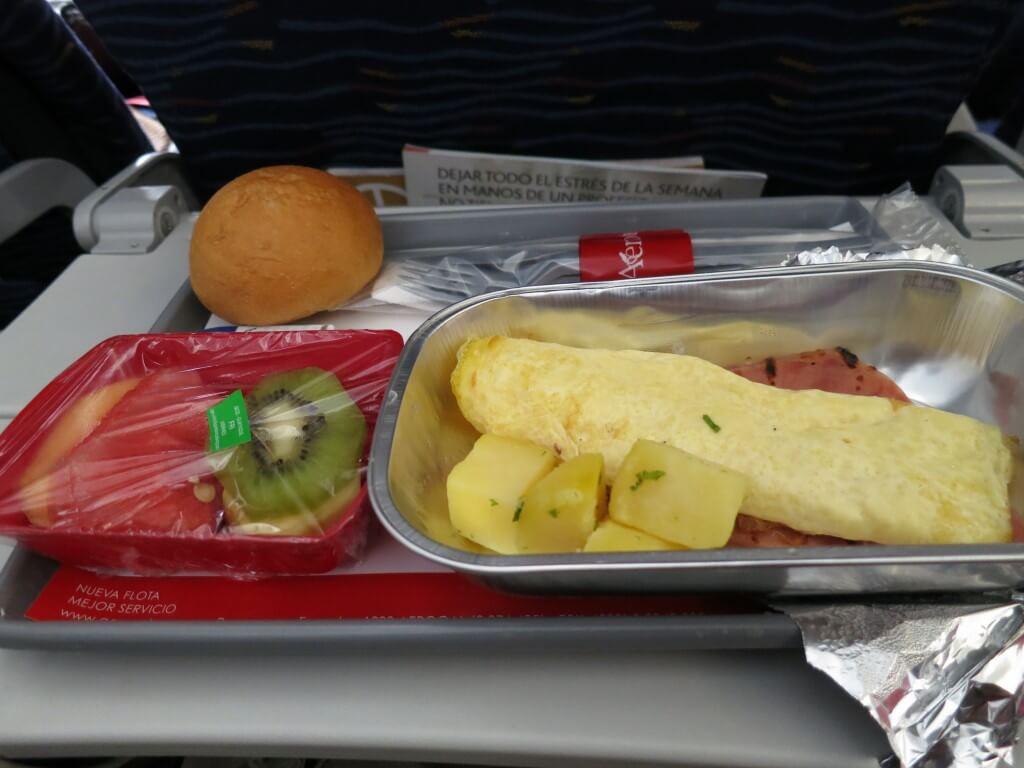 AeroGal航空 機内食 ガラパゴス諸島 エクアドル