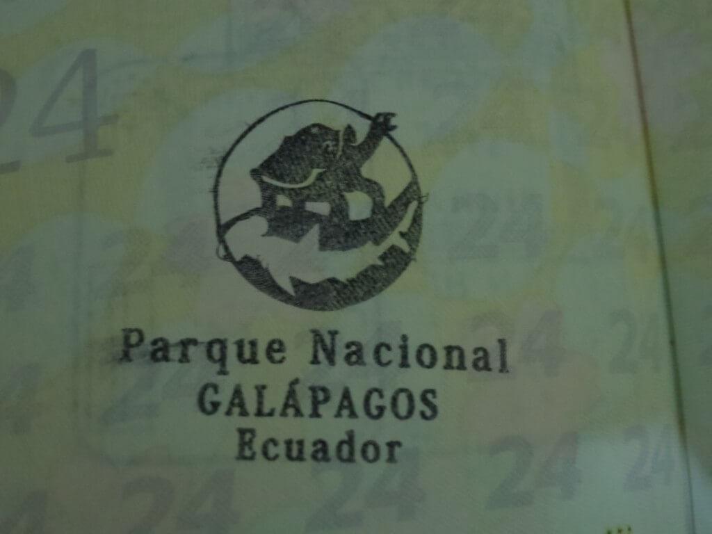 さすがガラパゴス諸島!入国?スタンプもガラパゴス仕様!