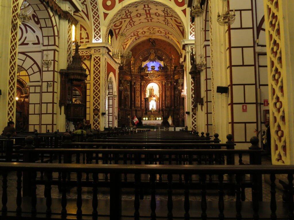 ペルー リマの世界遺産!サン・フランシスコ教会・修道院