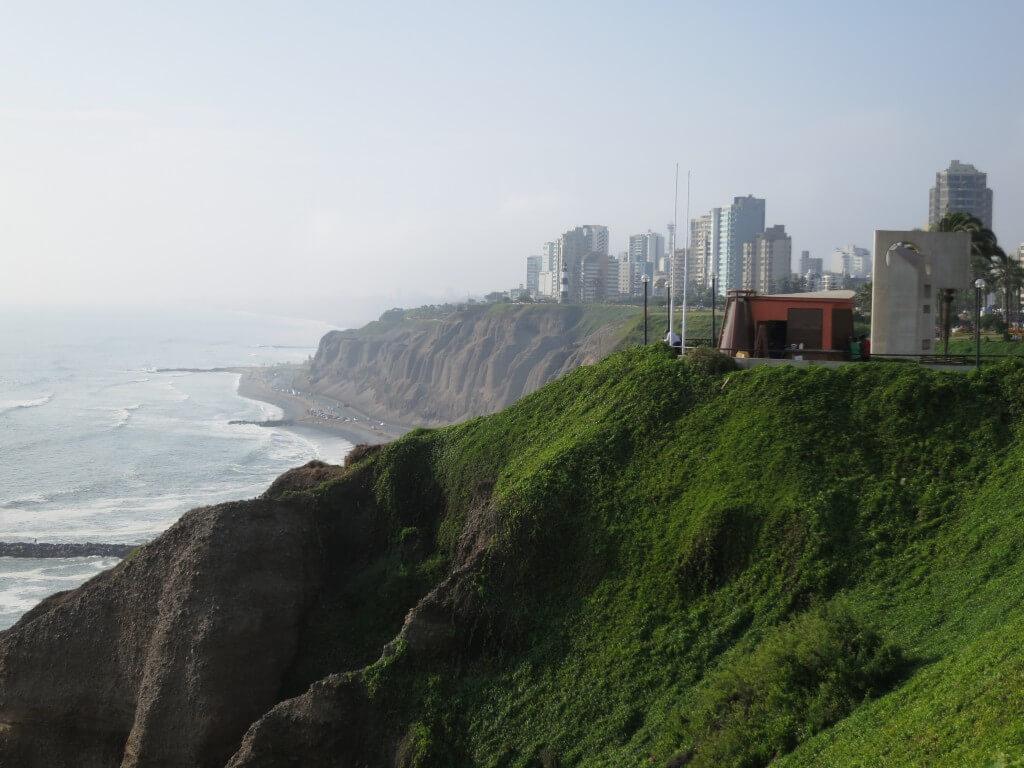 ミラフローレス地区 新市街 リマ ペルー