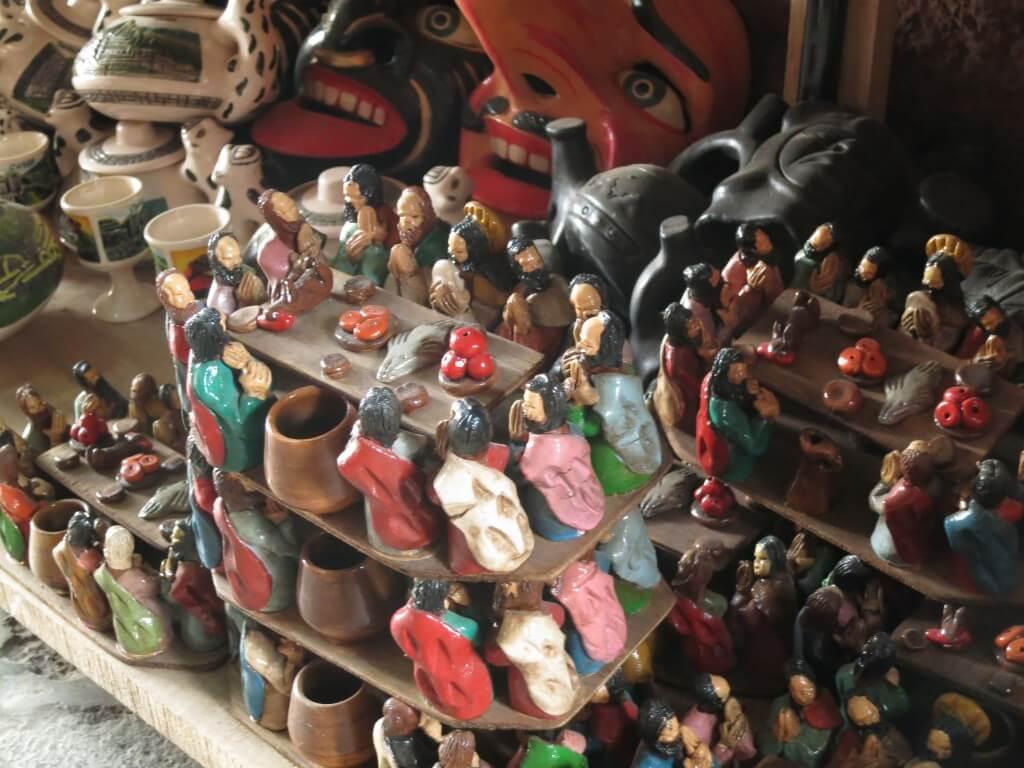ペルーのクスコのお土産でイケコ人形!?もっとすごい人形が!!