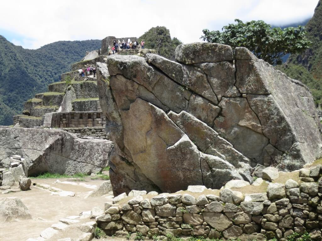 インカの石組み マチュピチュ遺跡 ワイナピチュ ペルー