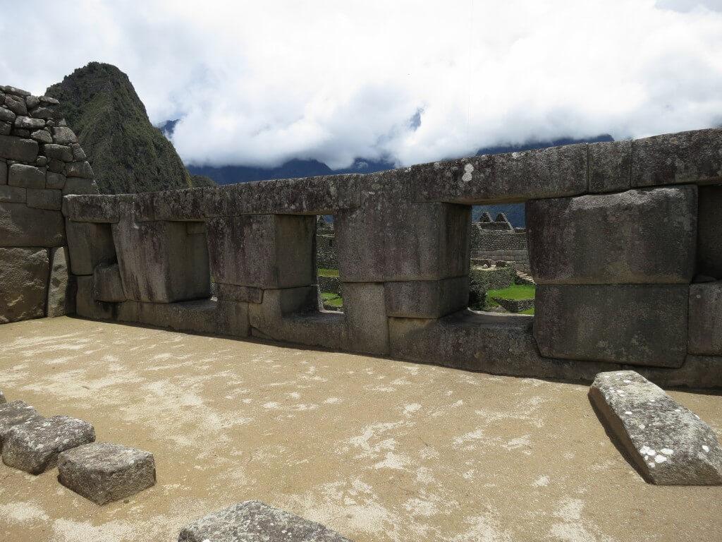 インカ発祥の2大伝説の1つの場所 マチュピチュ遺跡 ワイナピチュ ペルー