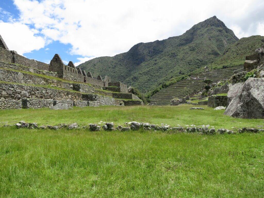 ハイラム・ビンカム 段々畑 マチュピチュ遺跡 ワイナピチュ ペルー