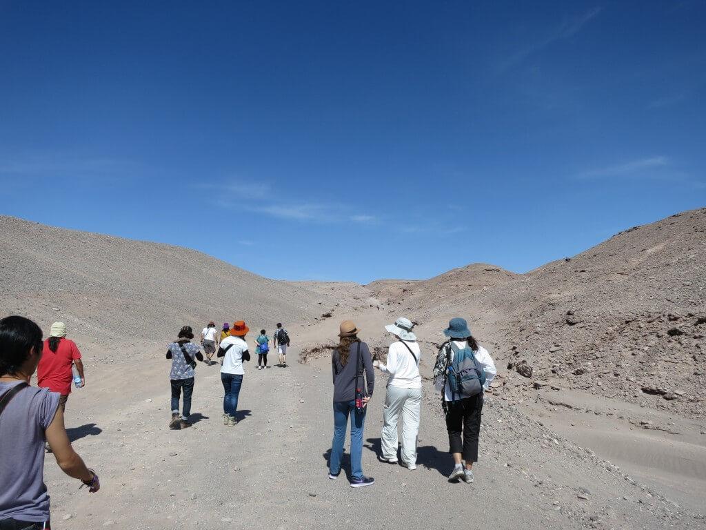 アタカマで「月の谷」に行くツアーに参加!!てか「死の谷(デスバレー)トレッキング」が大半ですやん・・・。