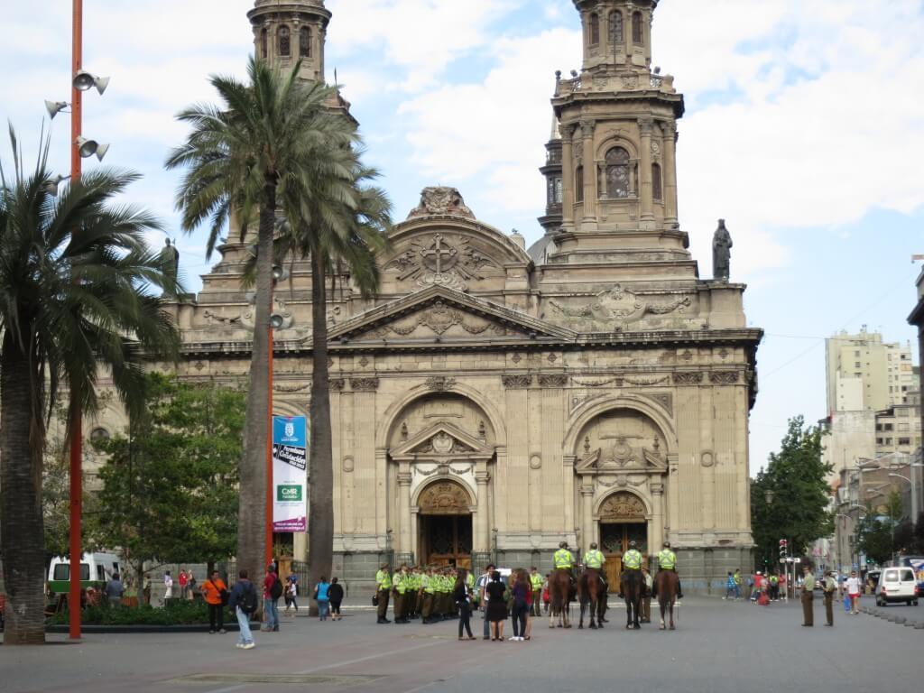 チリの観光でサンティアゴの街は大都会!