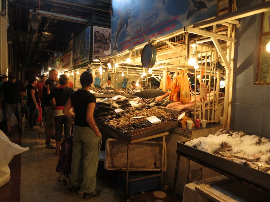 チリ サンティアゴ 中央市場