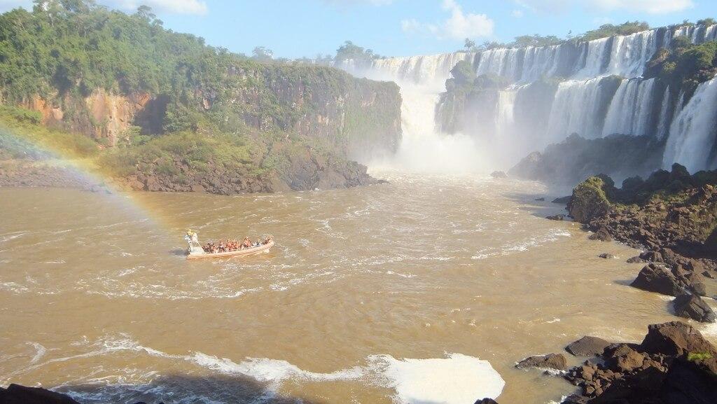イグアスの滝のボートツアー!