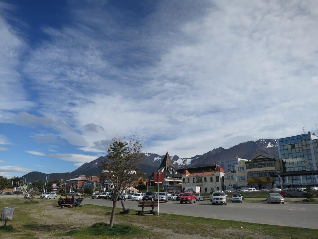 ウシュアイアはアルゼンチン側の町 観光案内所(ツーリストインフォメーション)でペンギンスタンプを押してもらって!