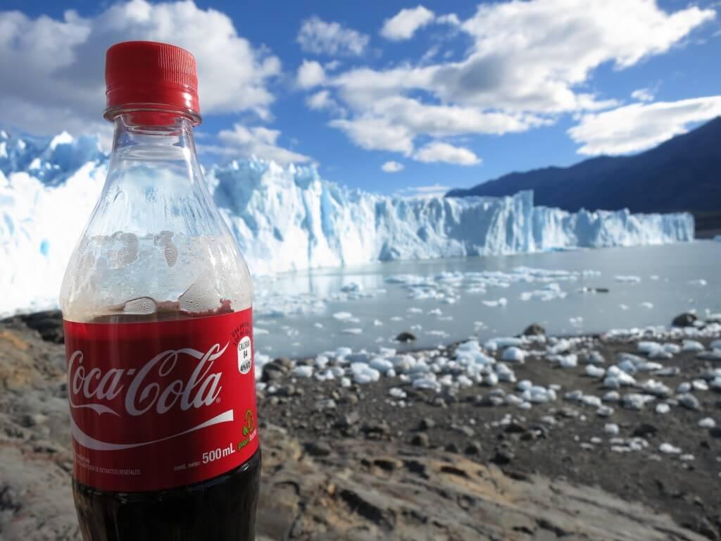 今日のコーラ ペリト・モレノ氷河と