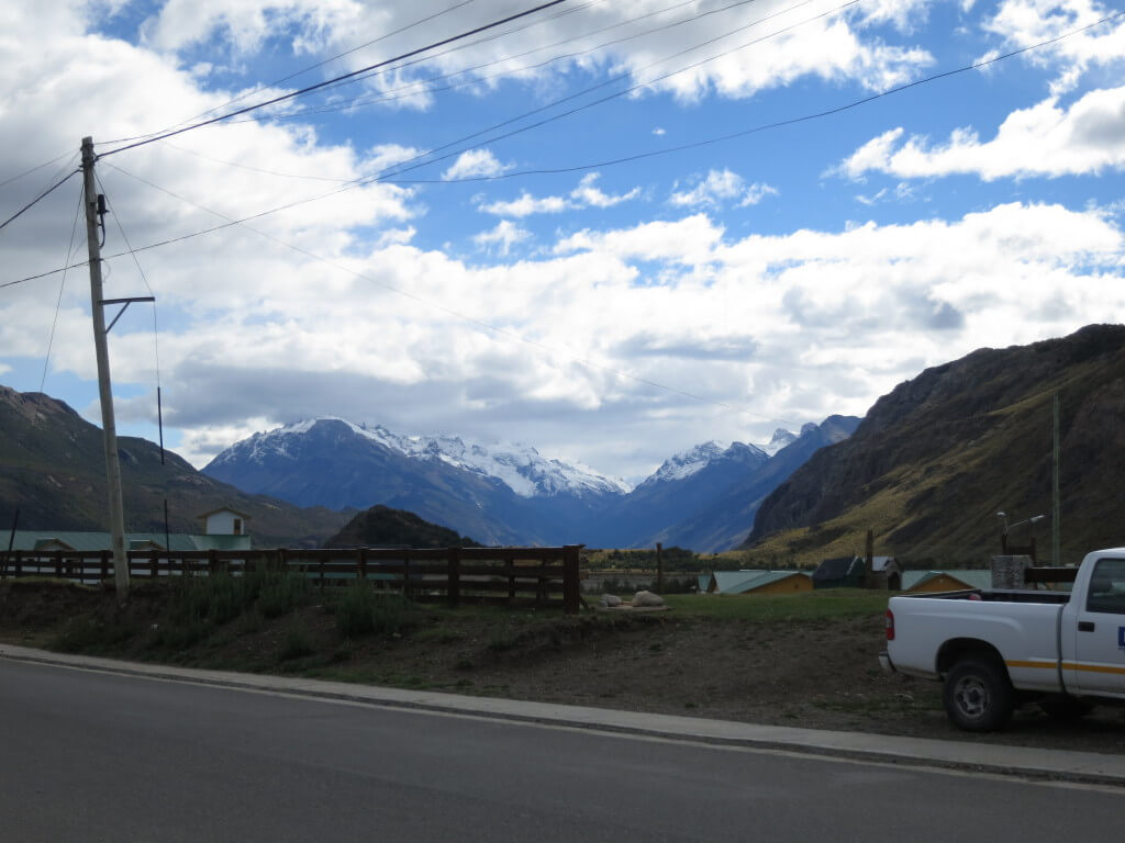 フィッツロイ トレッキング エル・チャルテン 登山道入り口 パタゴニア