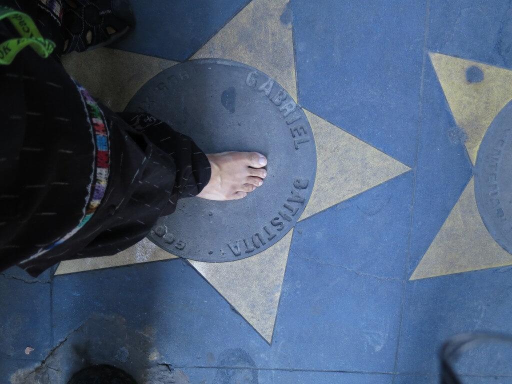 ボカ・ジュニアーズ 「ラ・ボンボネーラ (La Bombonera)」スタジアム 手形 足型