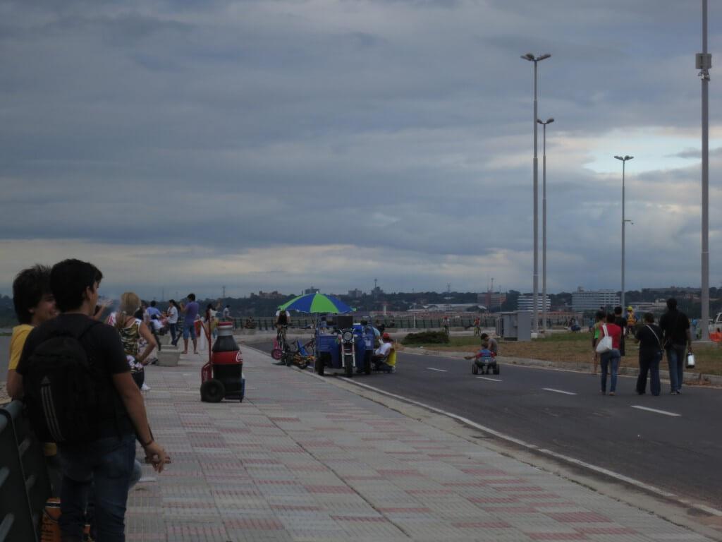 アスンシオン 旧市街 川沿い パラグアイ