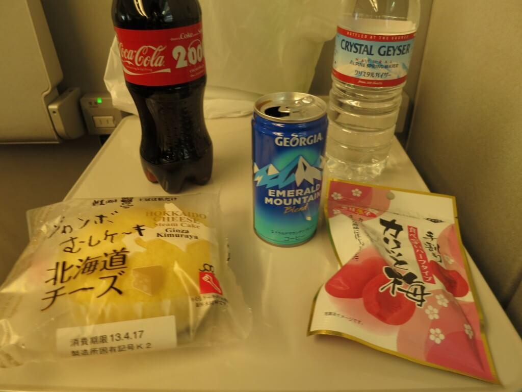 今日のコーラ 日本は最高においしいです♪