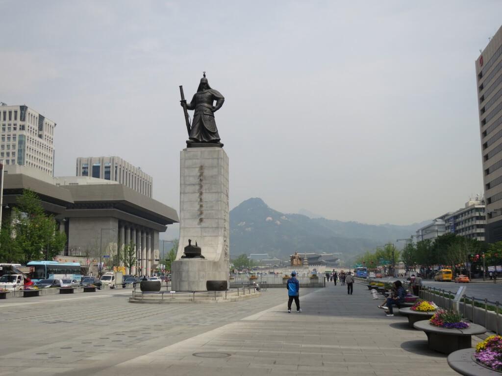 韓国の観光のおすすめは?景福宮(キョンボックン)で韓国女子にモテモテ!?
