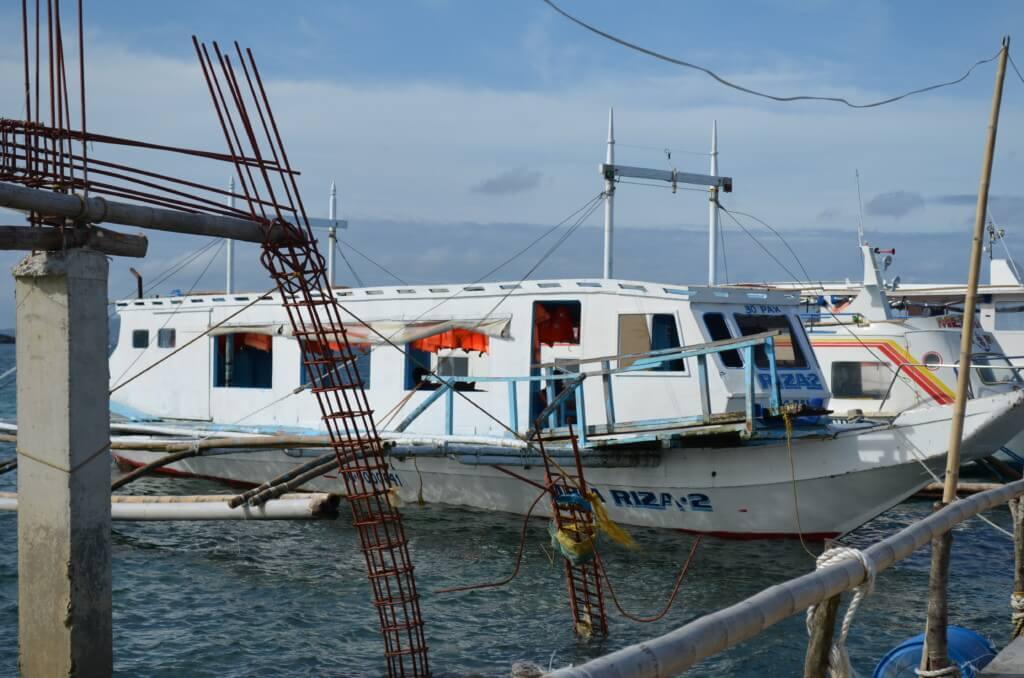 カティクラン空港からボラカイ島への行き方はトライシクルとボートです