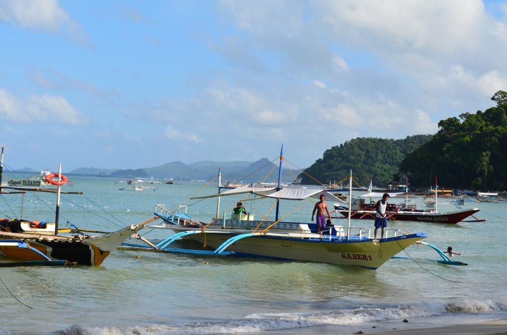 パラワン島 エルニド アイランドホッピング バンカーボート