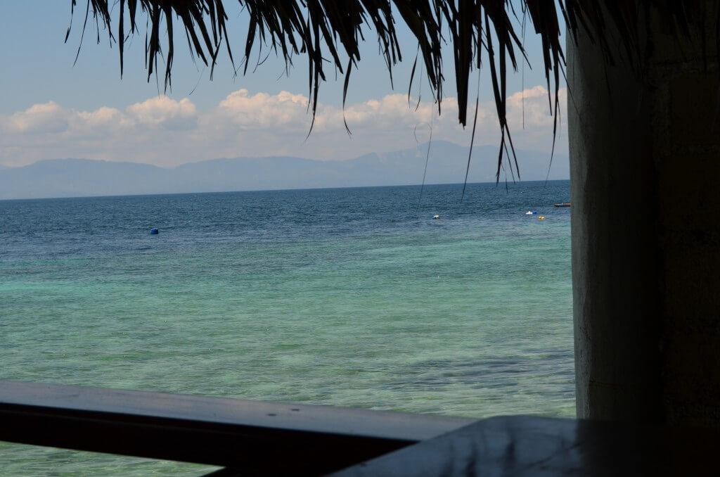 モアルボアルは癒しのダイビングスポットで場所や行き方、おすすめのホテルのクオバディス・ダイブリゾート(Quo Vadis Dive Resort)について