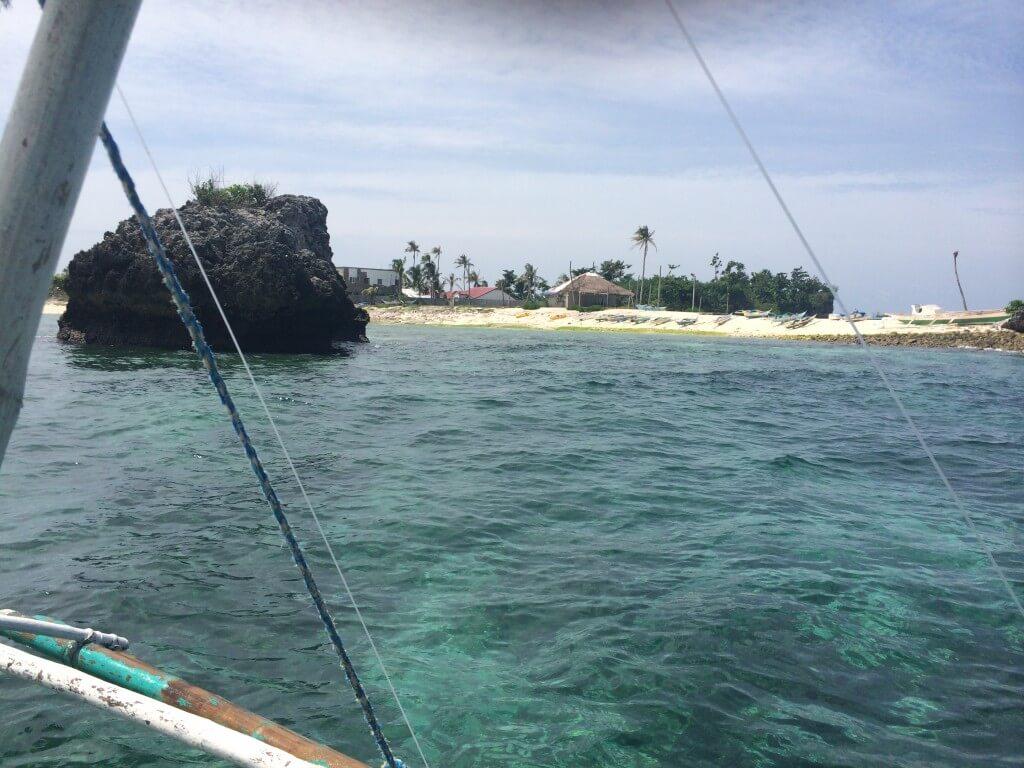 マラパスクア島は島まわりのシュノーケリングでも楽しめる♪