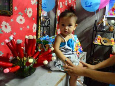 フィリピン人はB型の中学生!?1歳と18歳の誕生日パーティーはすごいよ!