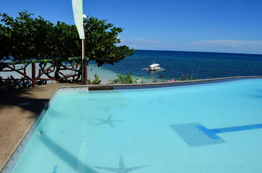 セブ島観光地「カモテス諸島」癒しの田舎隠れ家的リゾートです!