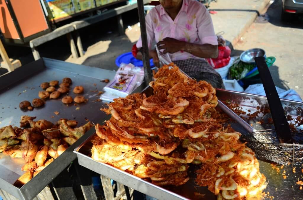 ミャンマー料理は大きく分けて3種類で物価の目安