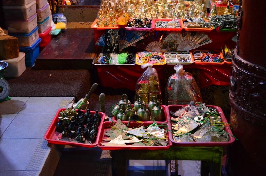 シュエダゴン・パゴダ お土産 仏具 装飾品 ヤンゴン 観光