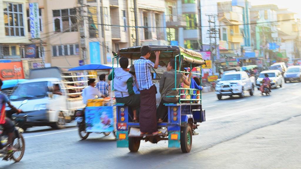 南京虫再び!こんなバスはNG?ミャンマーのローカルバスで気をつける点を説明するよ