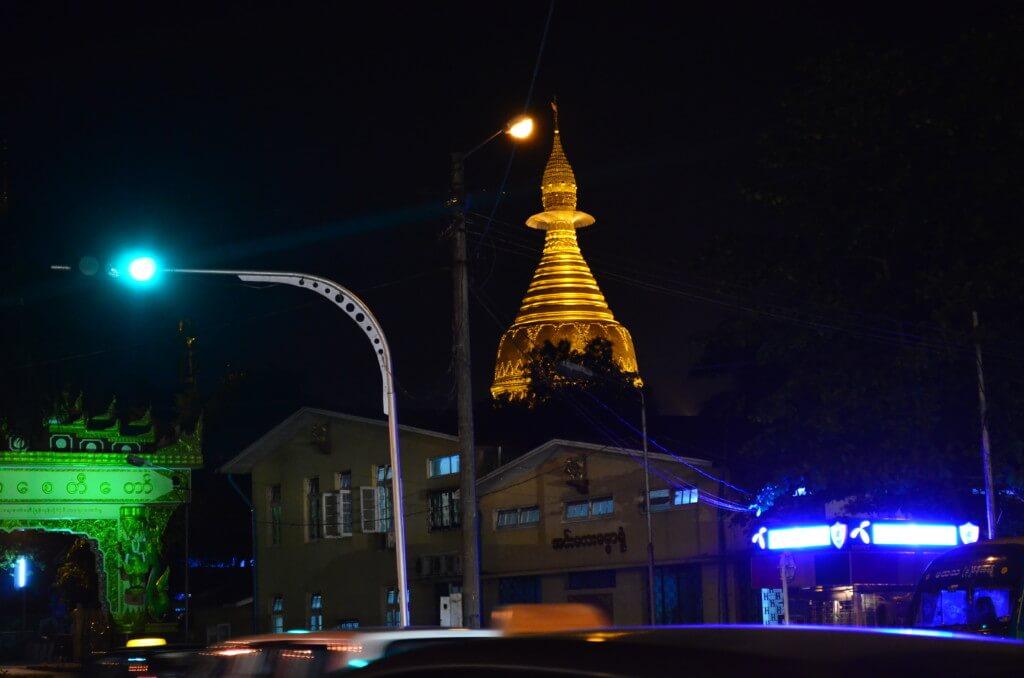 ミャンマーのヤンゴンの風俗・夜遊びで置屋・マッサージ