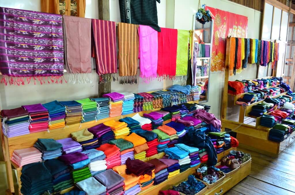 インレー湖 ツアー 織物 カシミア
