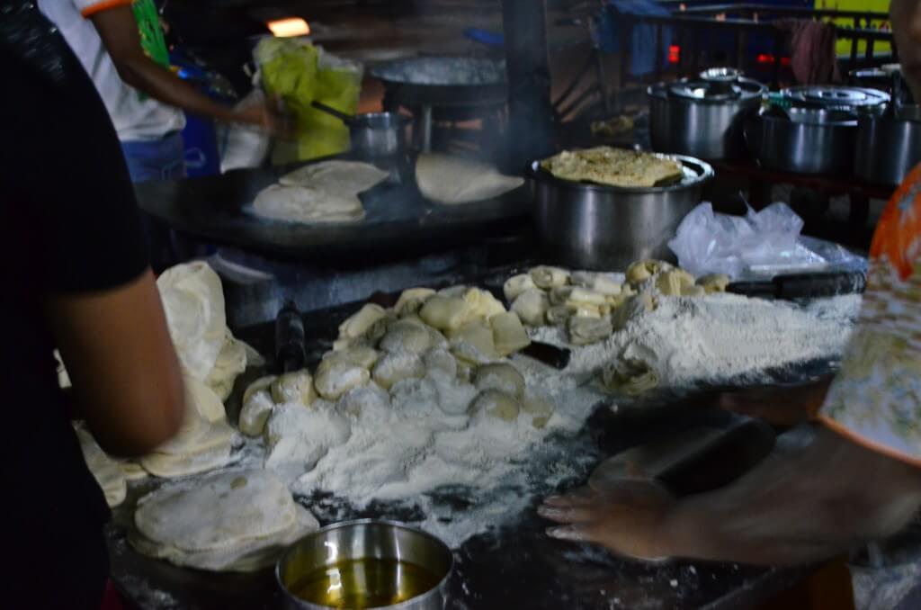 マンダレーのミャンマー料理ではなくおすすめ料理でインド料理