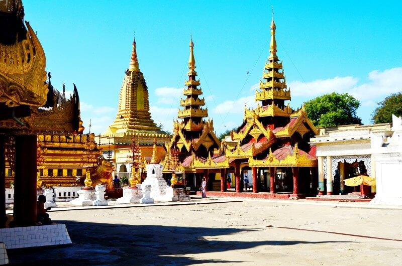 バガン遺跡 ミャンマー シュエズィーゴォン・パヤー