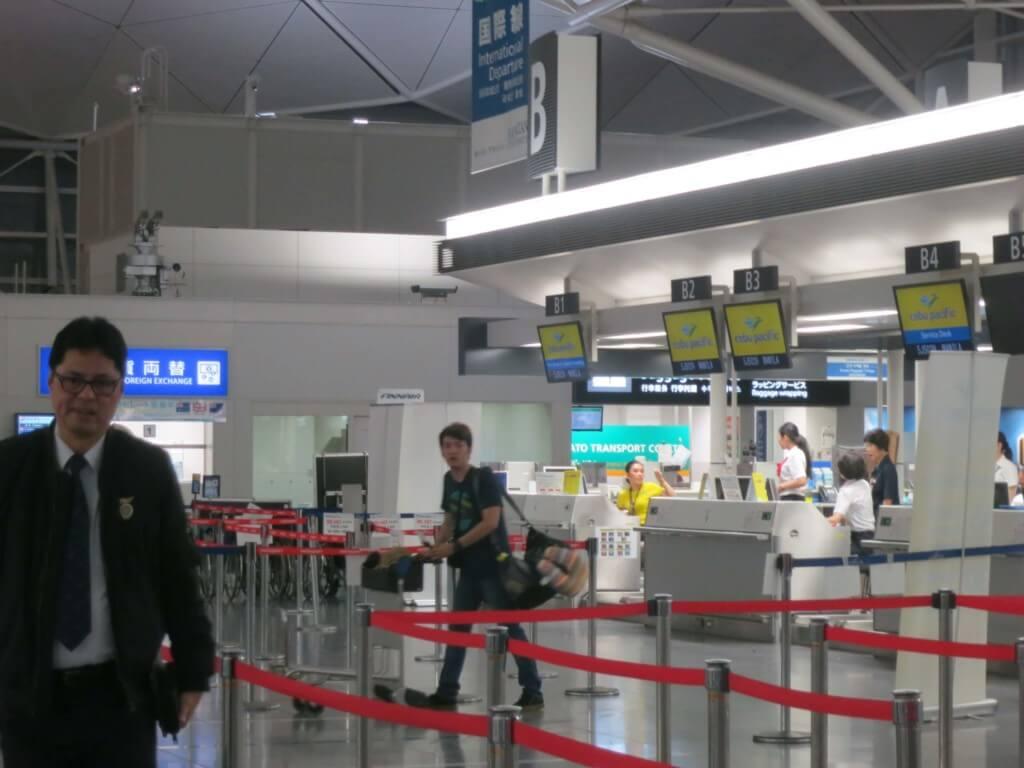 世界一周・海外旅行で安い航空券を探すならLCC(ローコストキャリア・格安航空)を利用したほうがいい