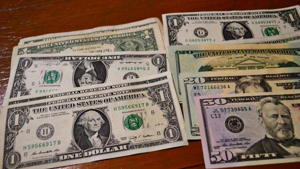 フィリピンに送金したい人必見!海外送金手数料が安くお得な方法を3つ紹介するよ