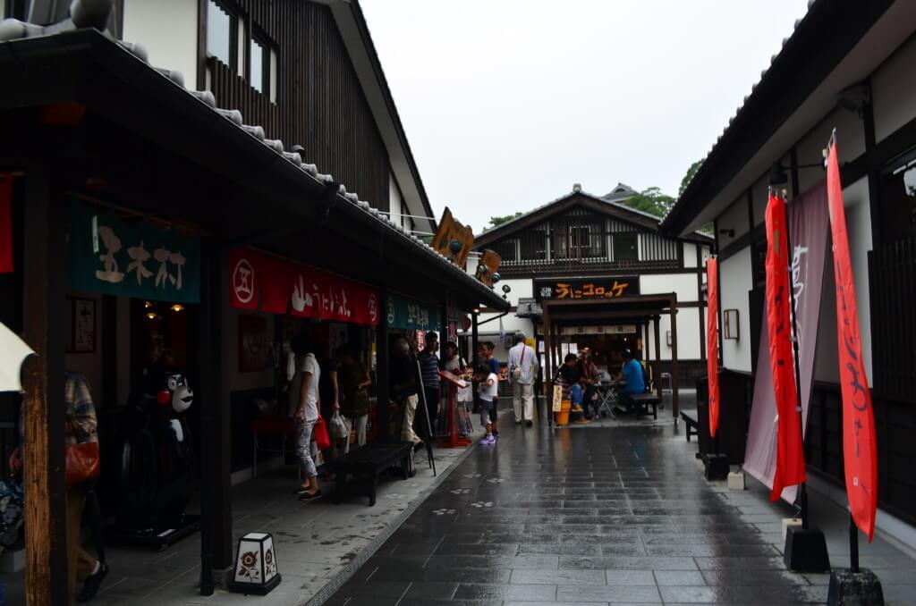 熊本観光で「桜の馬場 城彩苑」!熊本名物に熊本お土産と城下町で楽しむ!
