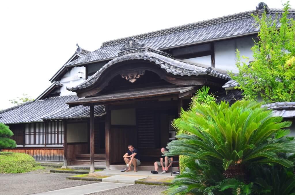 熊本観光で旧細川刑部邸に行ったけどこの翌日に壁が台風で大変な事に