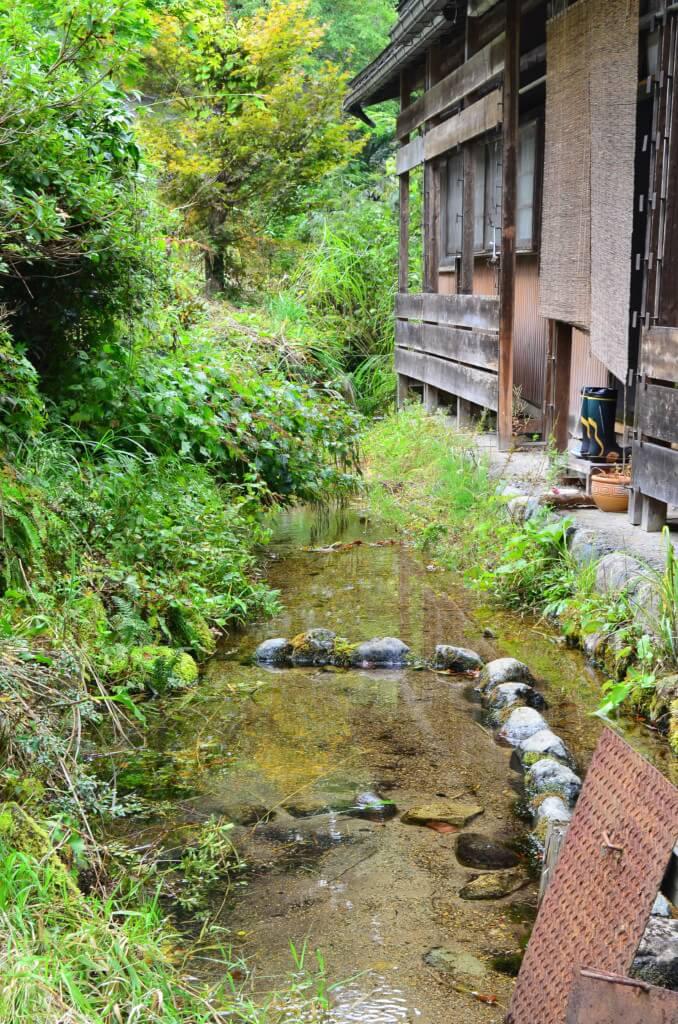 白川郷は昔から残されたのどかな風景が広がっている